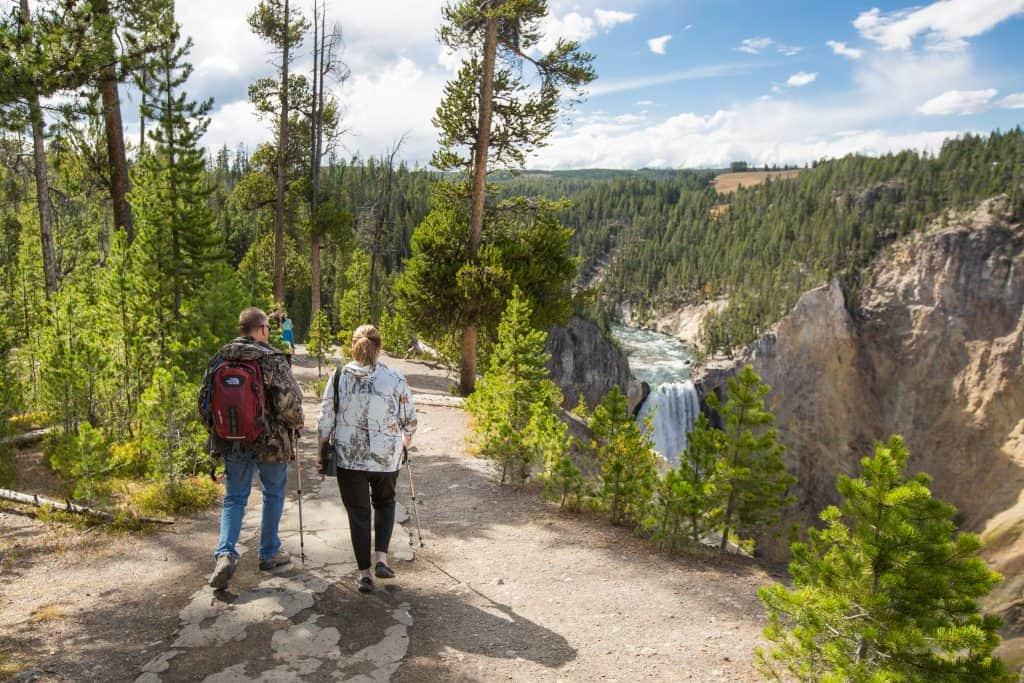 Exploring the South Rim Trail at Canyon